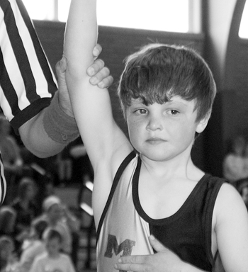 Meeker hosts nearly 300 peewee wrestlers