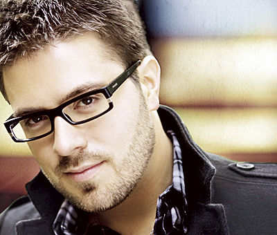 American Idol's Danny Gokey entertains at concert