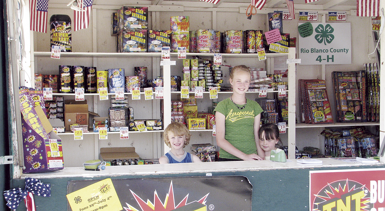 phrg4h fireworks stand