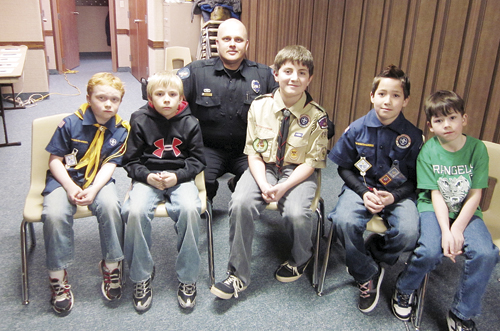 phRGcubscoutpolicevisit