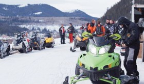 135 join in poker, snowmobile ride