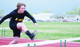 BMS tracksters endure  bad weather to stay ready