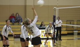 MHS volleyball team sweeps DeBeque