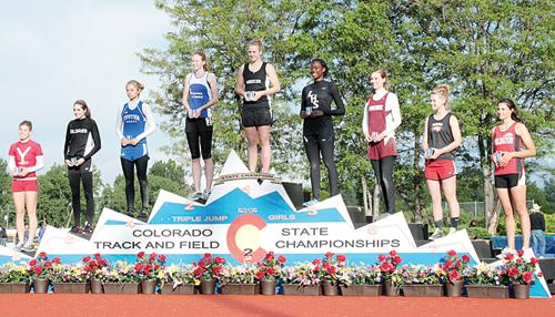 phmkkathryn on podium